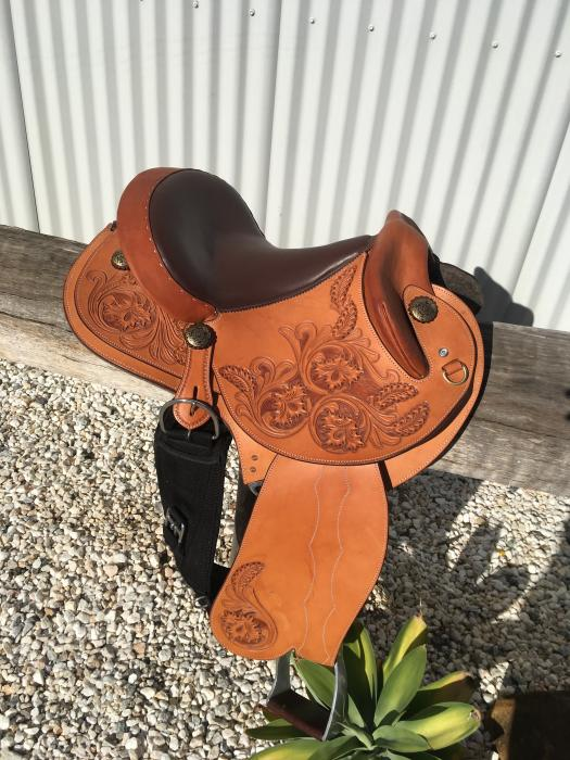 Brand New High Quality Stock Saddle