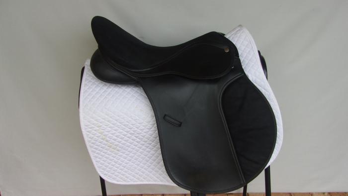"""Eurohunter All Purpose Saddle 17 - 17.5"""""""
