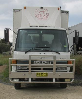 Reliable 5 horse truck - very easy to drive