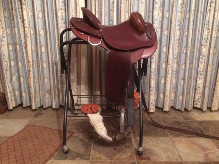 """Oz West 16"""" stock saddle"""