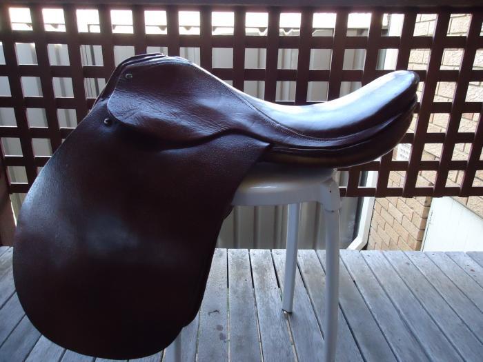 Australian made Pony Saddle 17.5''