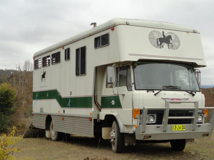 4 horse truck - great truck safe and reliable
