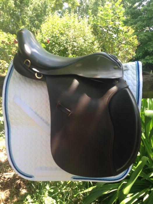 "AP Ideal Highland & Cob Saddle 17.5"" WIDE horses"