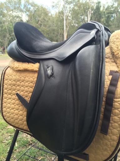 """saddle 2: 18"""""""