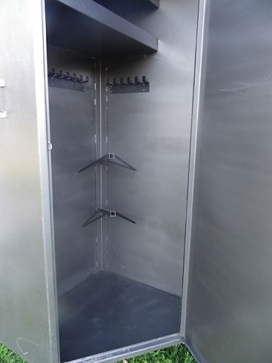 Large capacity tack box