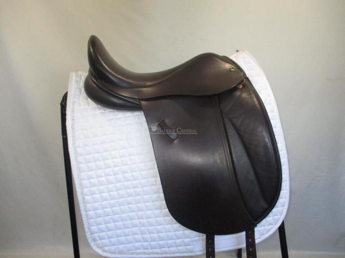 "Ideal FWB 16.5"" XXW Brown Dressage Saddle"