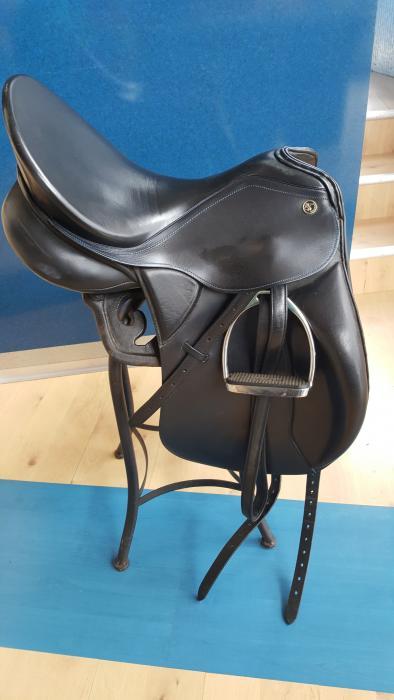 Kieffer Kur Dressage Saddle