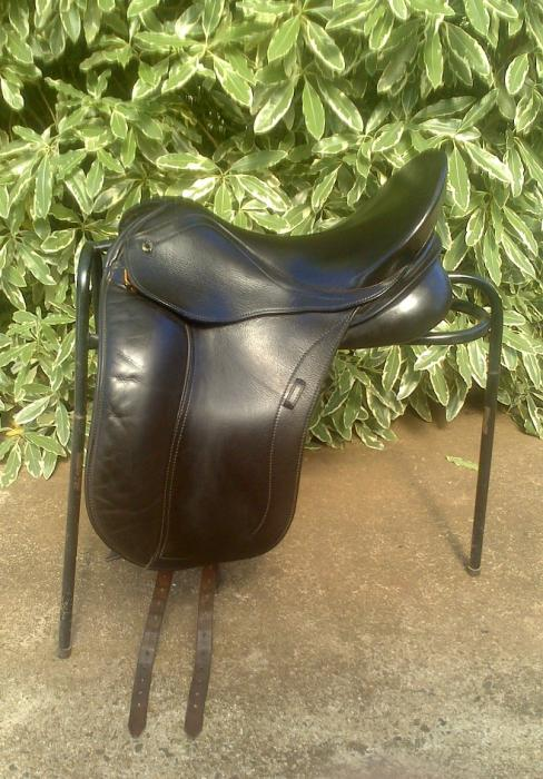 Peter Horobin (PH) Liberty Dressage Saddle
