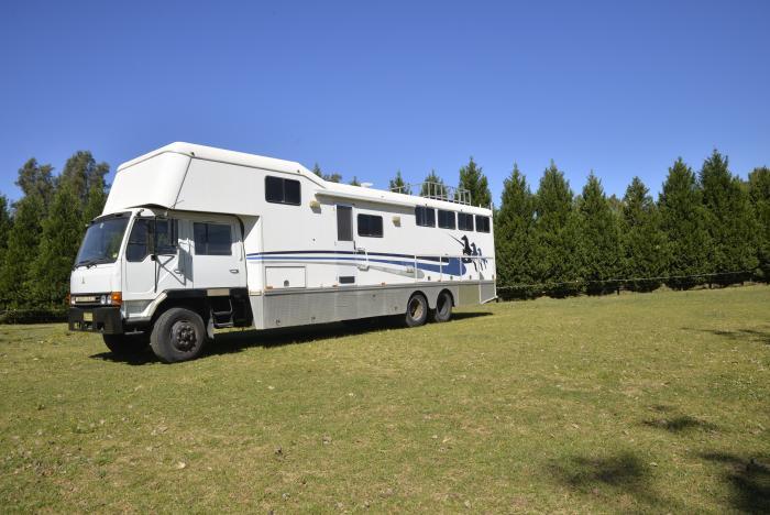 Fantastic 6 Horse Truck