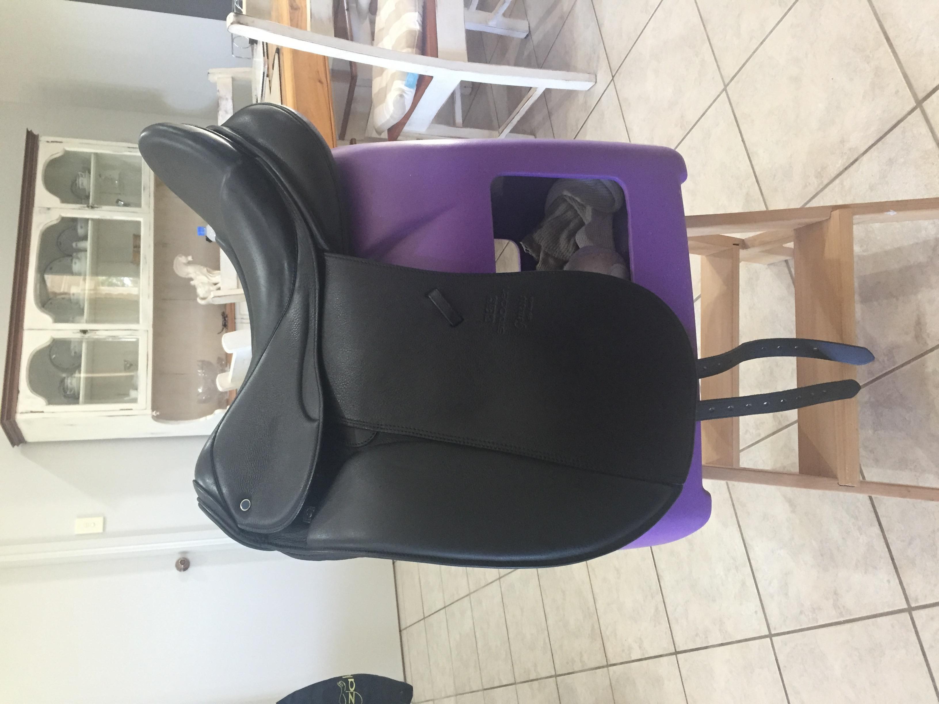 Black Stübben Genesis Deluxe Dressage Saddle with Biomex Seat