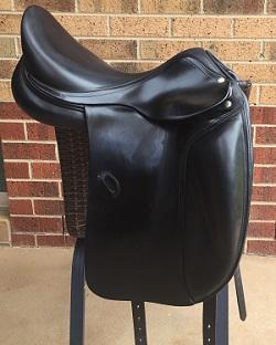 Amerigo Vega Dressage Saddle 16 inch