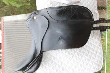 KN Symphonie 17'Dressage Saddle