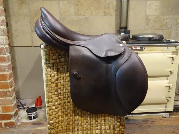 CWD Jumping Saddle- Classic cut 3C