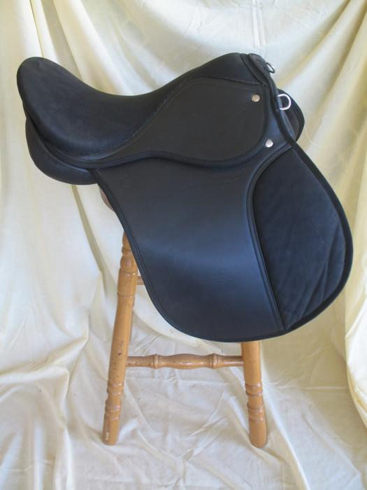 "15"" Synthetic All Purpose Saddle"