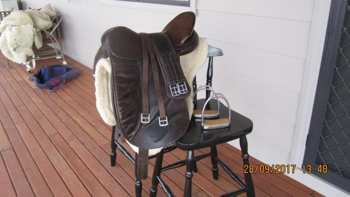 Ainsley dressage saddle