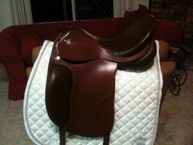 Prestige Dressage Saddle