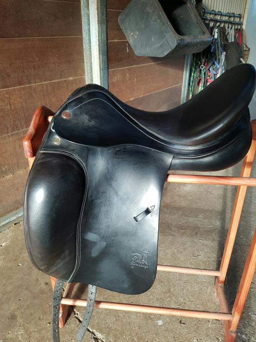 Prestige Dressage Saddle