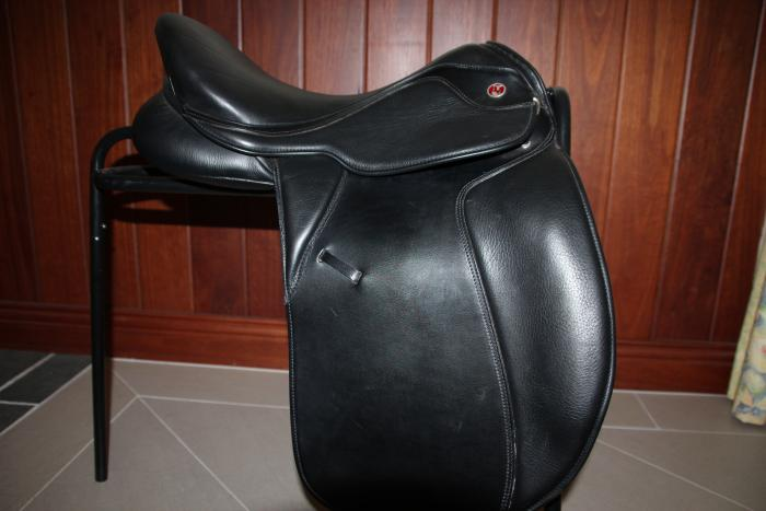 "17"" Kieffer Dressage Saddle"