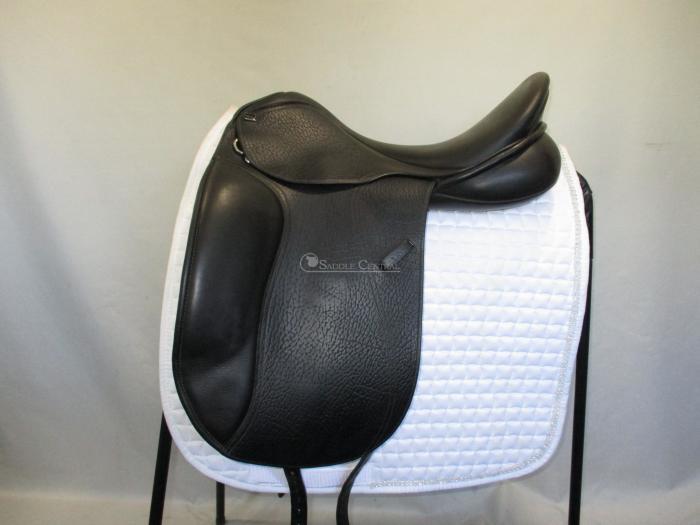 """Anky Pro 18"""" Dressage Saddle"""