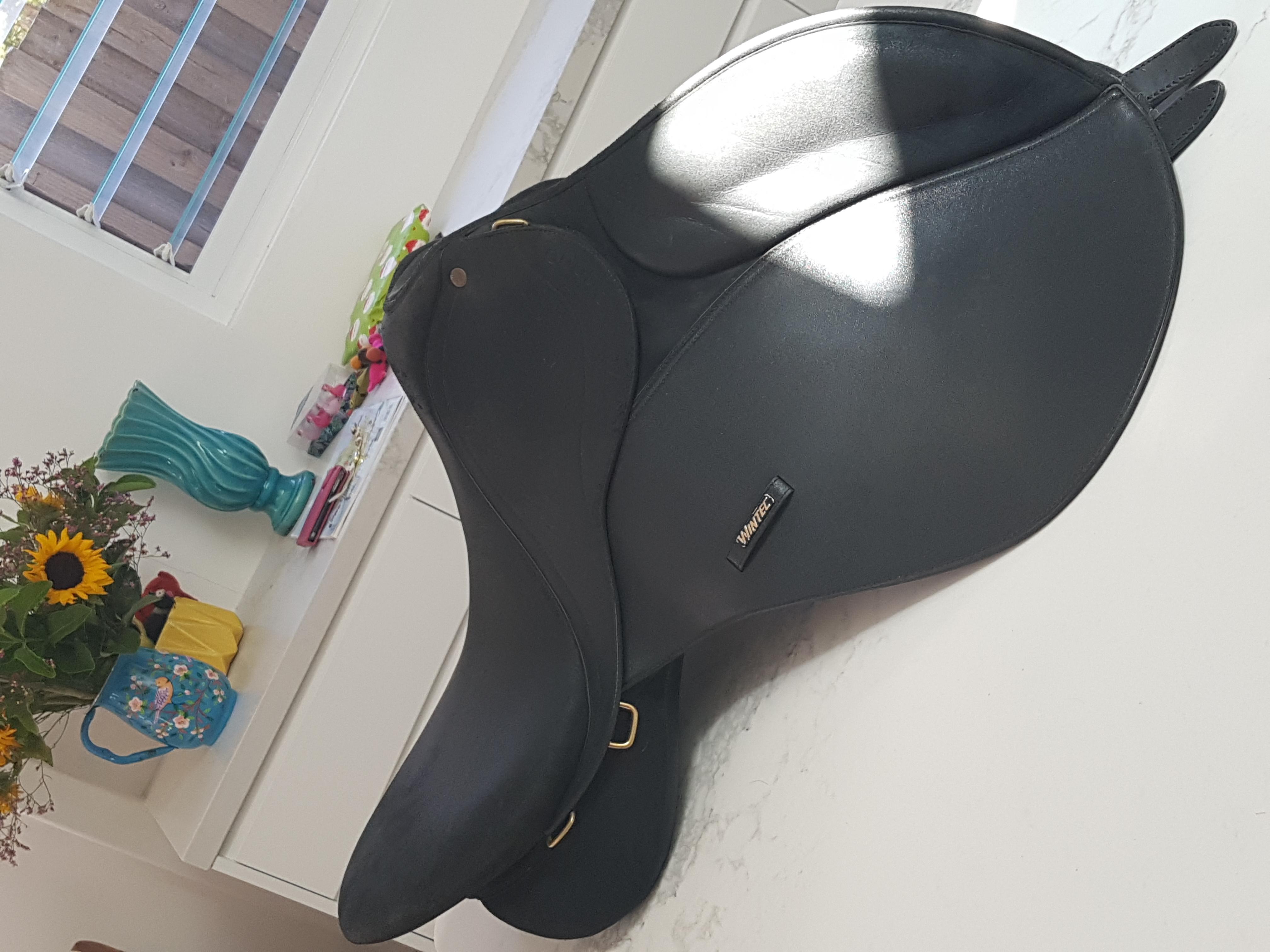 Wintec 2000 All Purpose 17 inch saddle