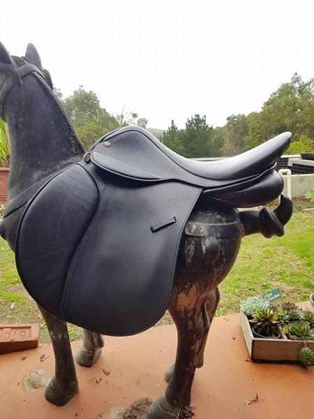 """Trainers Jessica Cross Country 17"""" Saddle"""