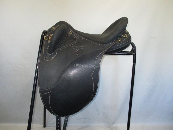 Wintec Pro Medium Stock Saddle