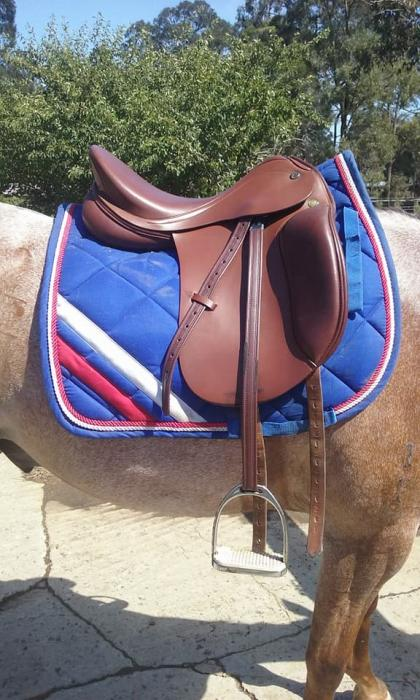 "Prestige Lucky Pony Saddle 16"" with girth & bridle"
