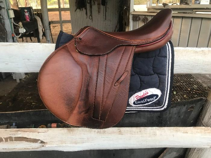 Jump Saddle As New