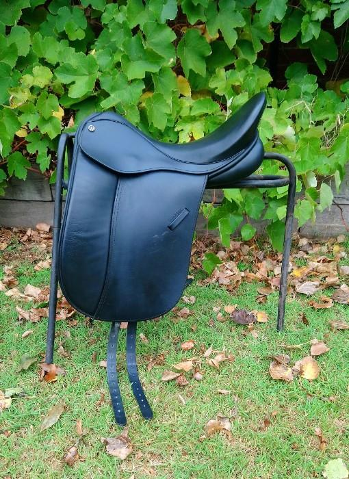 Windsor Sovereign Dressage/Show Saddle + Extras