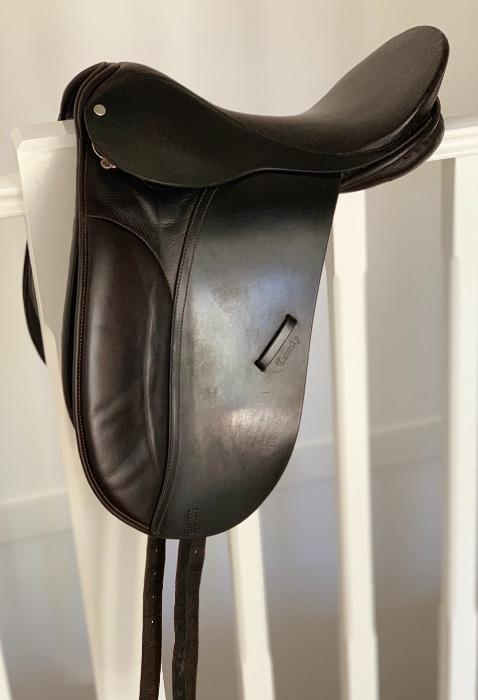 "16"" County Competitor Dressage Saddle - Black"