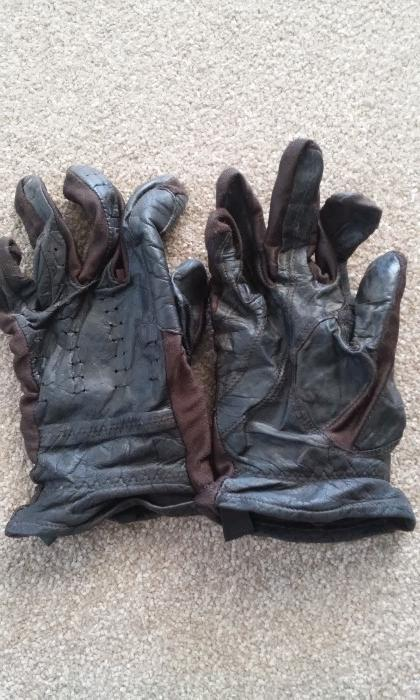 Gloves - Brown