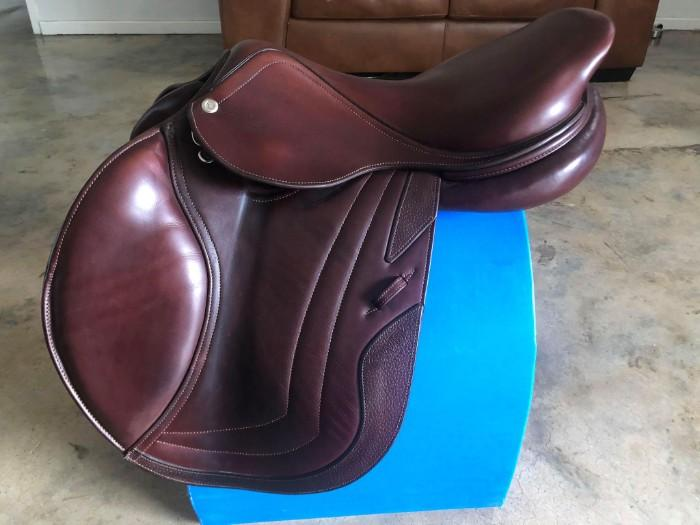 CWD SEO2 Saddle 17.5in