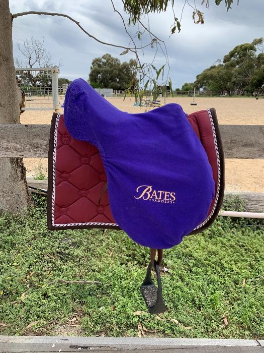 Bates jump saddle