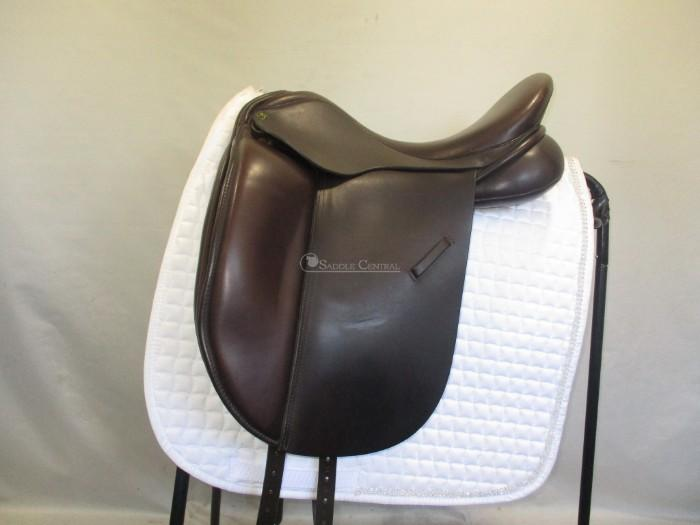 "Ideal Roella 17"" W Dressage Saddle"