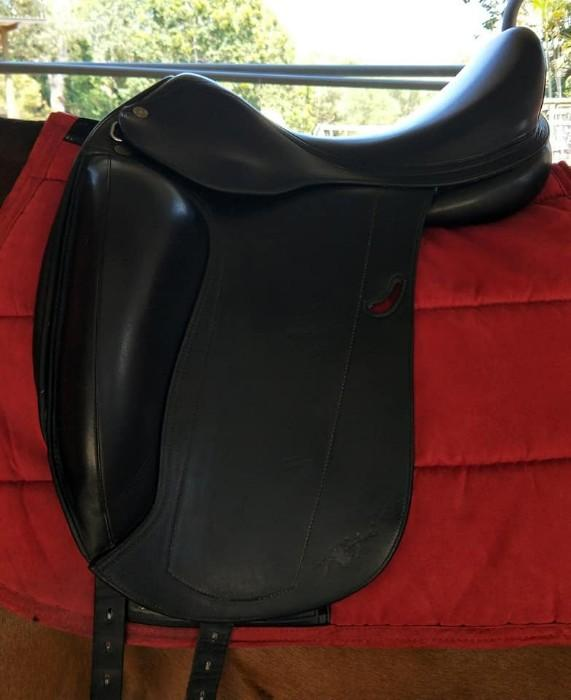 Equipe Emporio Black Dressage Saddle
