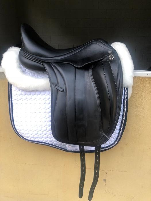 +2 Equipe Viktoria Dressage Saddle For Sale