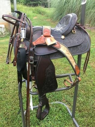 All around saddle with matching accessories