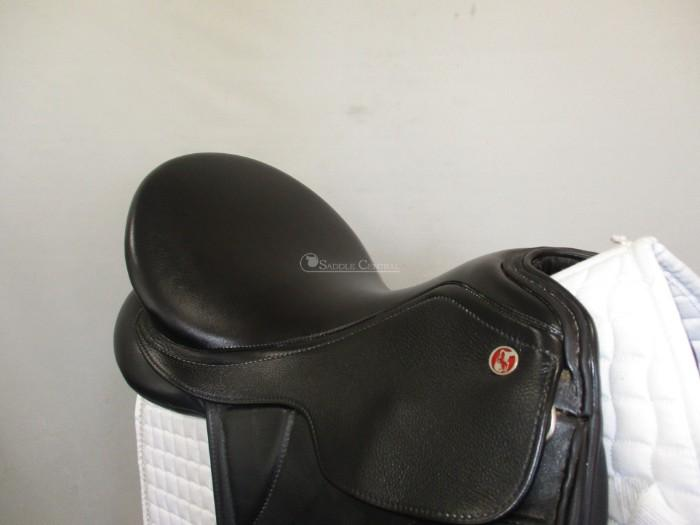 Kieffer Paris Dressage Saddle size 1 / 17""