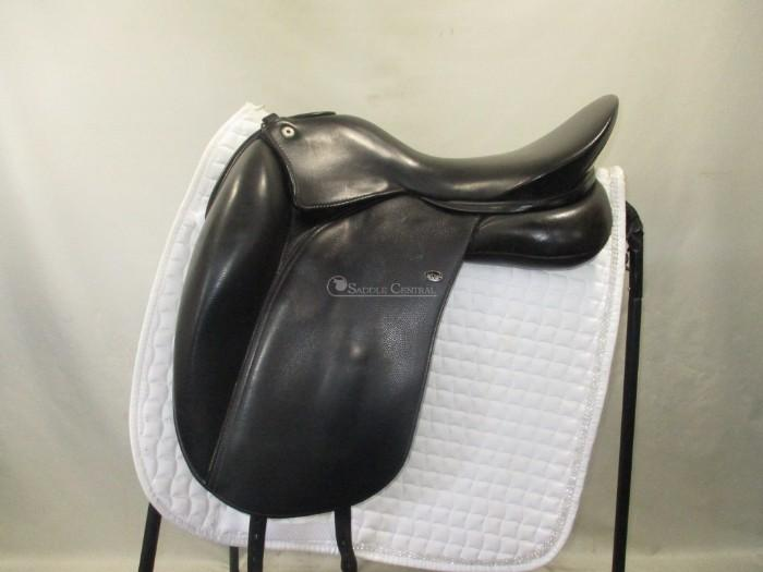 WOW Edge Dressage Saddle size 1 / 17 ""