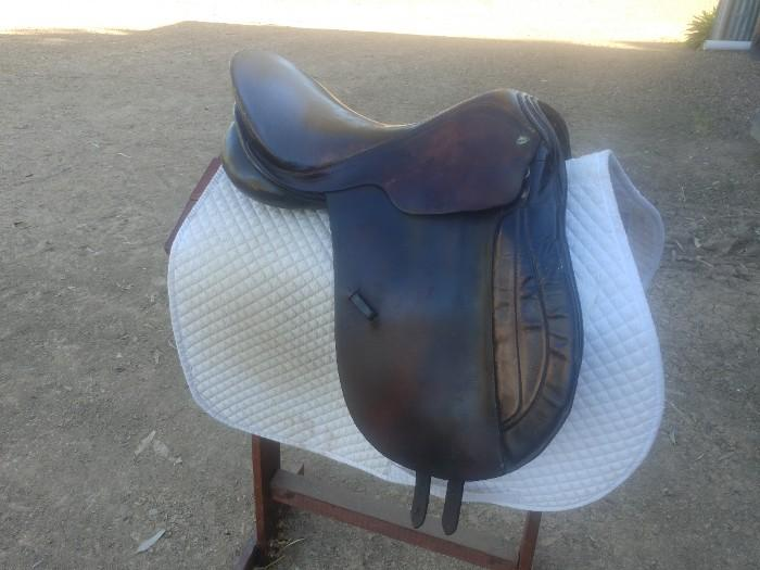 Hubertus All Purpose Saddle