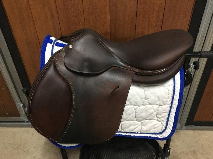 2017 Butet Jumping Saddle 17.5