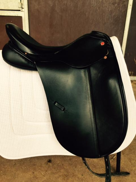 Albion SL 17.5 Dressage Saddle