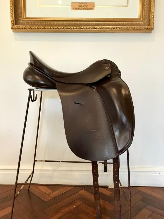 "KN ""Concerto"" Dressage Saddle"