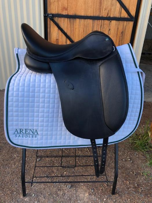 "17"" Arena Dressage Saddle - BRAND NEW"