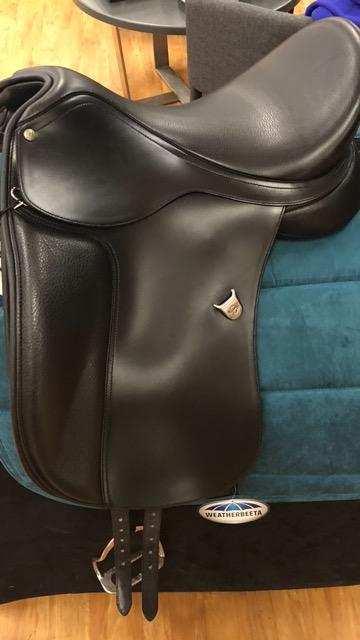Brand New 17'' Bates Dressage Saddle Fully Mounted