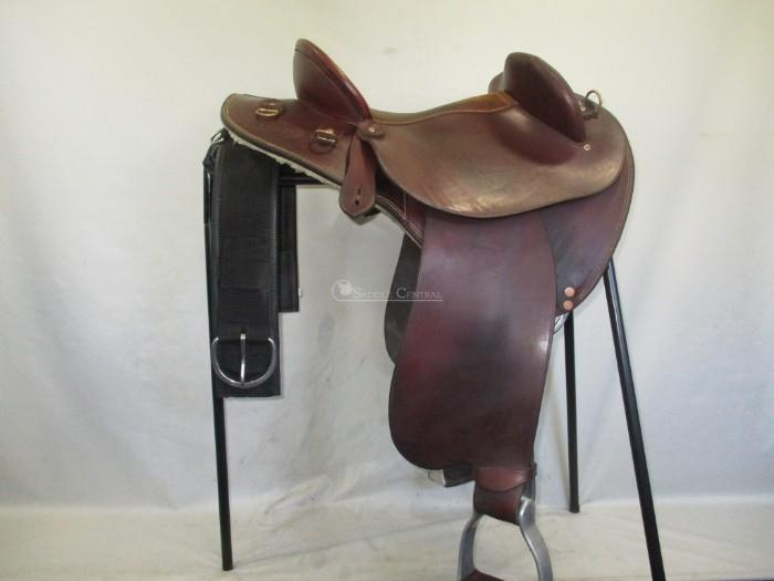 Ammo Full Leather Half Breed Fender Saddle