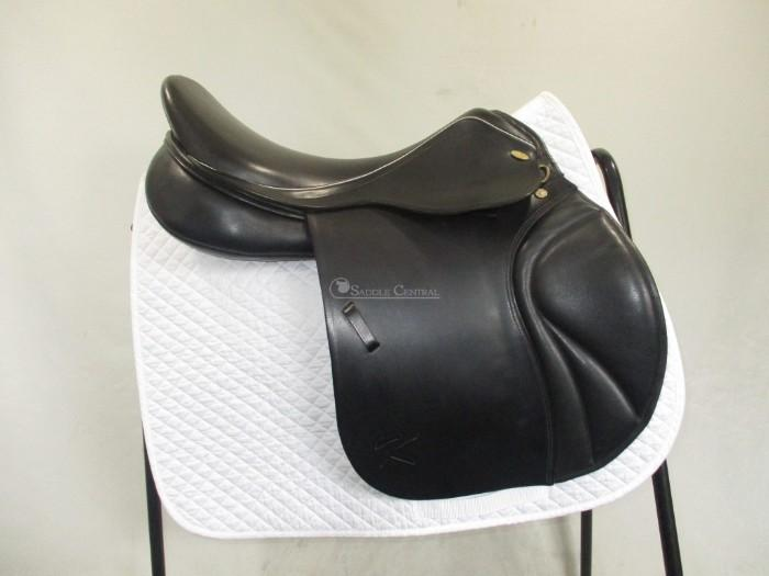 Kentaur Jump Saddle