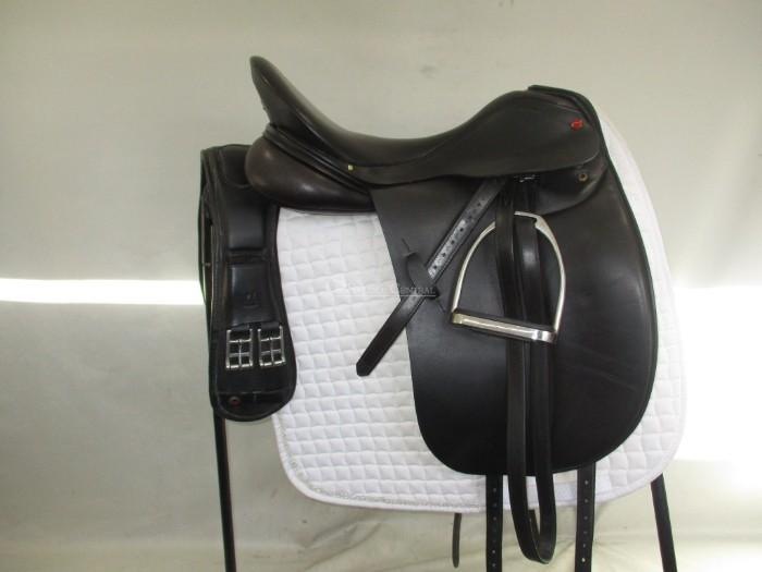 Albion SLK Dressage Saddle 17.5""