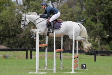 Feb 2020 Port Phillip Showjumping. Photo credit: Derek O'Leary Photography