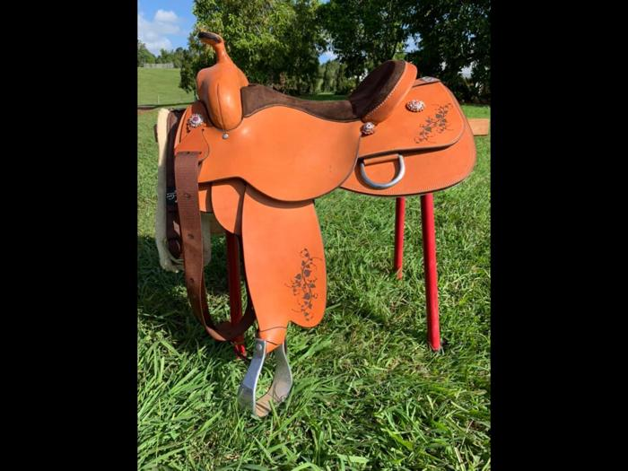16inch Platinum Co. Reining saddle